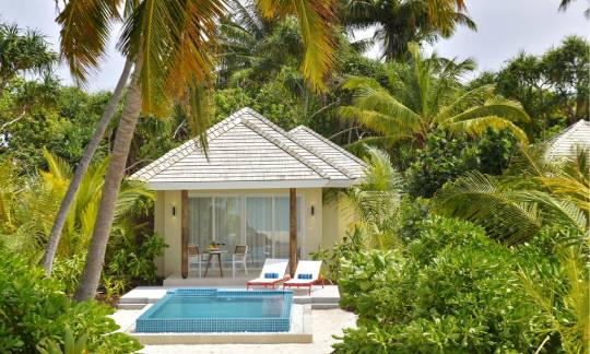 Beach pool villa with jacuzzi at Kandima