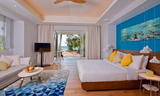 Beach villa with jacuzzi bedroom - kandima